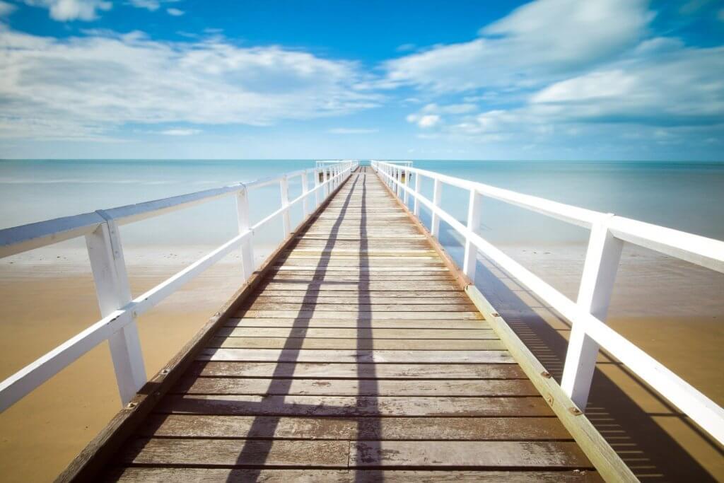 ビーチの桟橋