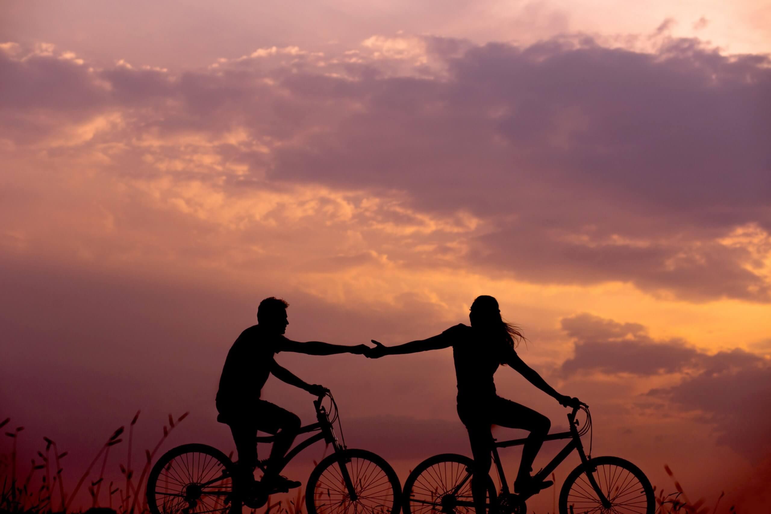 夕暮れ時のサイクリング